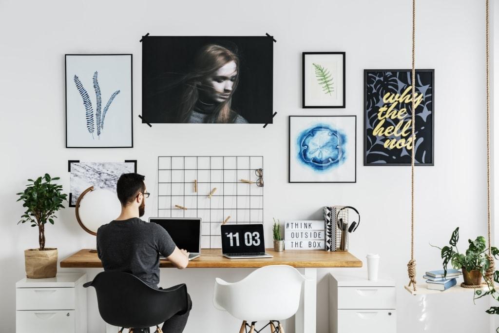 Man Working In Home Office Pb8uljn Min